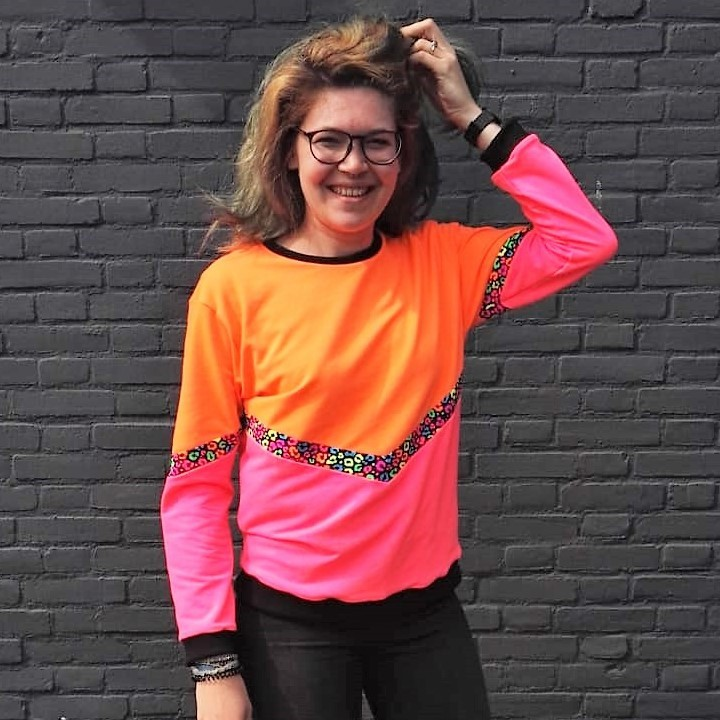 DIY - Neon sweater